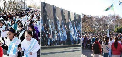 Cientos de estudiantes de Brown y Echeverría juraron lealtad a la Bandera