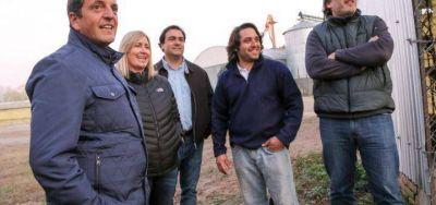 Massa visit� 25 de Mayo: habl� con productores y junt� a su tropa