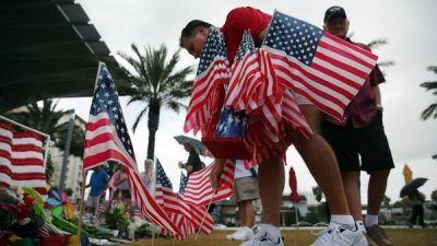 Difunden las conversaciones entre el tirador de Orlando y la policía