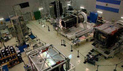 El gobierno francés, interesado en el ARSAT-3