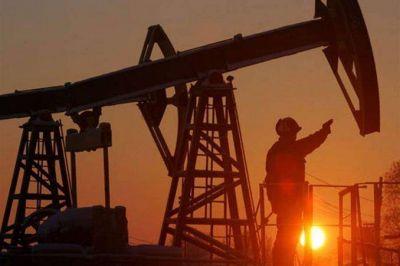 Con 300 despidos en puerta, Petroleros inicia retención de servicios en PAE