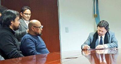 Sáenz firmó un convenio para convertir a la ciudad en un distrito audiovisual
