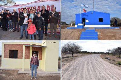 Inauguran viviendas sociales y obras p�blicas en Chaupi Pozo, Dpto. Banda