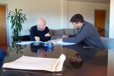 Galli gestion� subsidios para clubes para afrontar los tarifazos