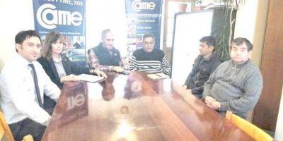 BANCO NACION: Crédito blando para comerciantes de Esquel