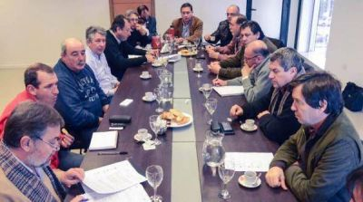 Intendentes pusieron en marcha el comité por la cuenca del Salado