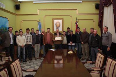 Passalacqua entregó aportes a cooperativas por dos millones y medio de pesos