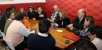 La UCR no le tuvo piedad a Capitanich y tras el procesamiento ordenado por Servini de Cubr�a exige su inmediata renuncia