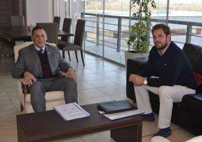 El ministro Tomasevich se reunió con el intendente Ponce