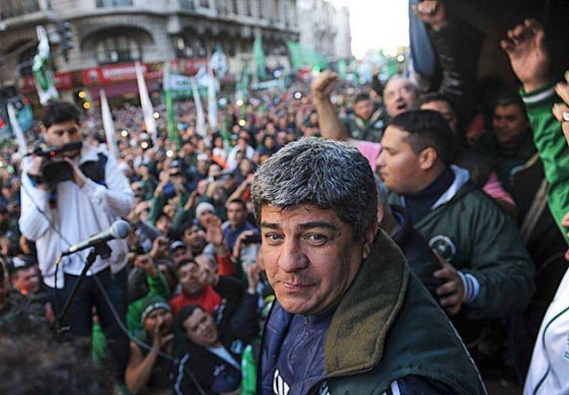 El acuerdo de Moyano facilita la sinton�a entre Macri y los gremios