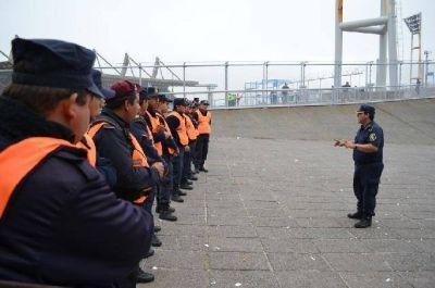"""Azcona: """"Los refuerzos de la Policía Federal se desperdician en la costa"""""""