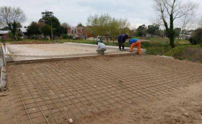 Avanzan las obras de construcción del puente sobre Arroyo La Tapera