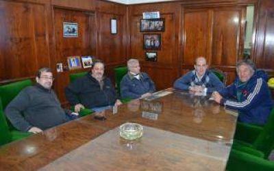 Zurro se reunió con directivos de la Liga Pehuajense de Fútbol
