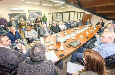El Municipio comenzó a analizar la tarifaria con las cámaras empresariales