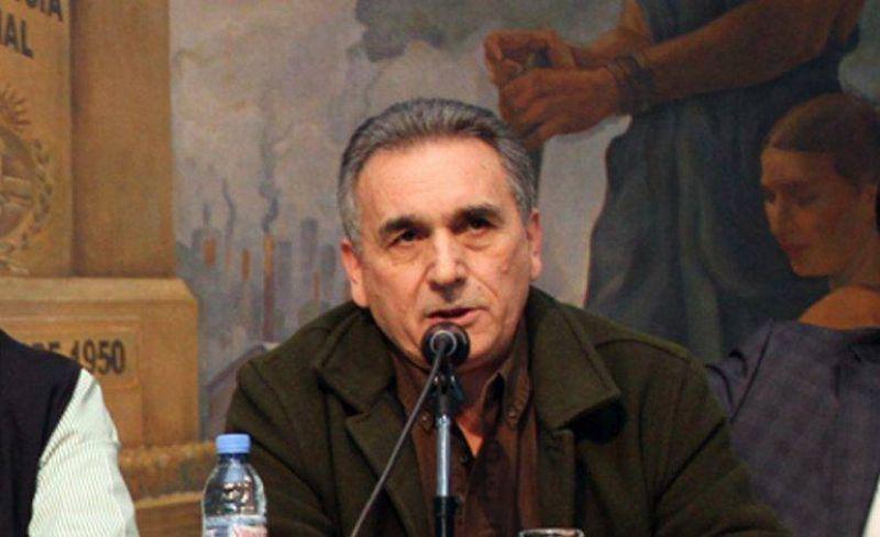 Schmid disert� en la UCA de Rosario