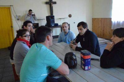 """El Intendente Bucca visitó el comedor """"Pequeños Gigantes"""" en barrio Colombo"""