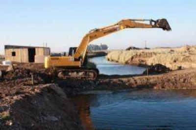 Comenz� la construcci�n del puente sobre el arroyo Cortaderas