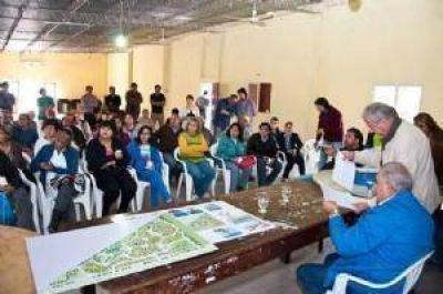 Polémica y acusaciones por el barrio para Bañado de Ovanta