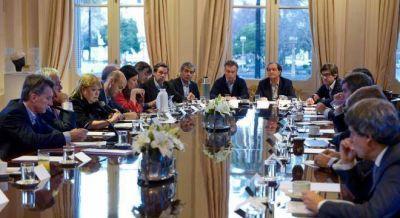 Messi y Tinelli, temas centrales de la reunión de gabinete de Macri