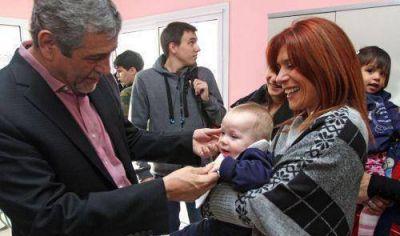 Ferraresi inauguró obras en un Jardín Maternal