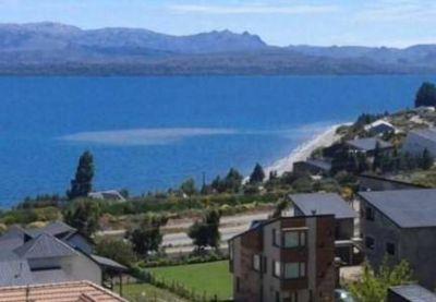 Planta de tratamiento: Bariloche presentó casi 30.000 firmas en el Superior Tribunal de Justicia