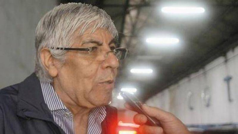 Tras acordar salarios, Moyano reclama compensación por Ganancias y agita protestas