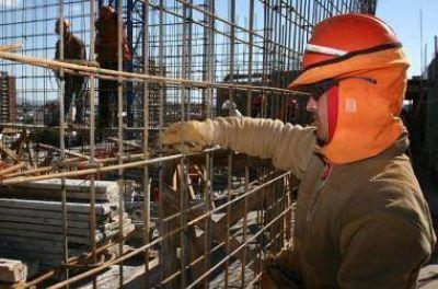 Leve recuperación del empleo en la construcción local