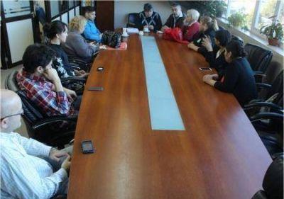 La Municipalidad reforzará servicio de combis en Andorra
