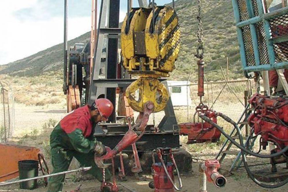 Hoy se firmaría el acuerdo petrolero