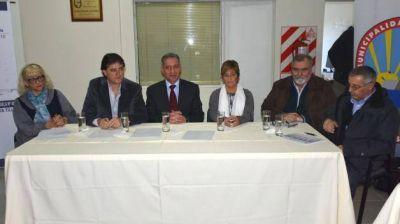 Cargada agenda de Arcioni en Comodoro Rivadavia y Rada Tilly