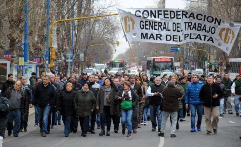 La CGT Regional Mar del Plata record� al inmortal Juan Domingo Per�n a 42 a�os de su fallecimiento