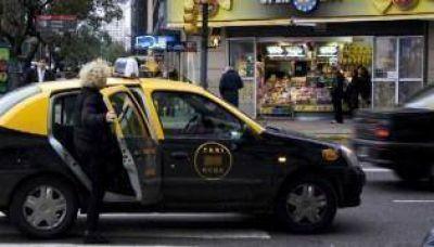"""Taxistas alertan: """"El sector está en terapia intensiva"""""""