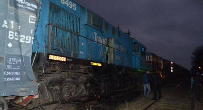 """Los gremios en estado de """"alerta"""" por la decisión de Vidal de suspender el servicio de Ferrobaires"""