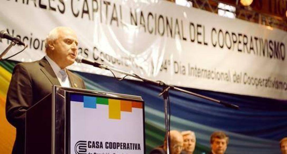 Lifschitz celebró el Día Nacional del Cooperativismo