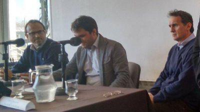 Katopodis y Valenzuela disertaron juntos en la UNSAM