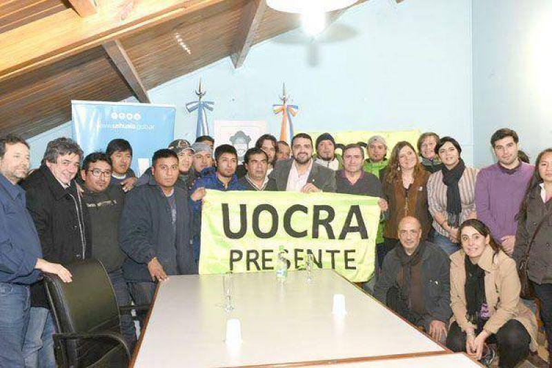 Vuoto y la UOCRA firmaron convenio para la creaci�n de un Centro de Atenci�n Primaria de Salud municipal