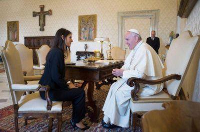 Papa Francisco recibe a primera alcaldesa de Roma en milenios