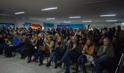 La Juventud Universitaria Peronista realiz� un plenario en la ciudad de La Plata