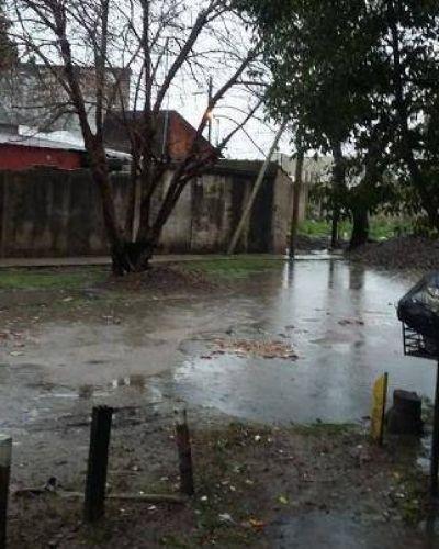 Obra municipal impide que los vecinos puedan salir de sus casas