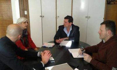 Pacheco gestiona viviendas y más atención del Anses en el distrito de Pellegrini