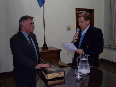 Julio Ruiz juró como concejal