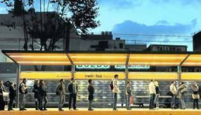 Metrobús: el Gobierno comprará 400 colectivos eléctricos