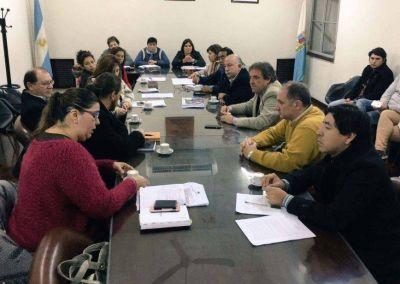 Comisión de Salud se reunió con el ministro