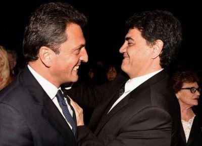 Sergio Massa y Jorge Macri: los dos piratas COJO con pata de palo, parche en el ojo y caras de malo