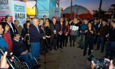 Con más editoriales y descuentos comenzó la edición 2016 de la Feria Popular del Libro