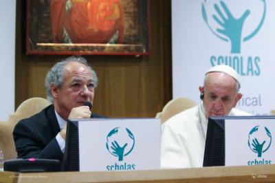 El presidente de Scholas admite errores y ratifica que está a disposición del Papa