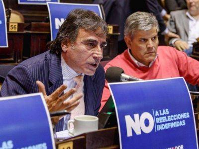Eslaiman: �Massa me plante�, en 2012, la necesidad de eliminar las reelecciones indefinidas�