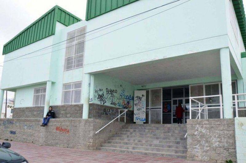 El paro docente tuvo una adhesión estimada del 24% en la Regional Sur