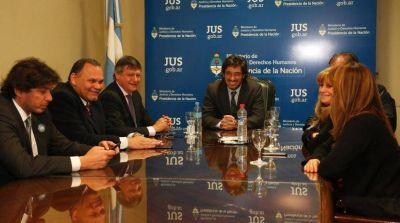 Peppo, Garavano y miembros del STJ acordaron implementar un programa de modernización de la Justicia chaqueña