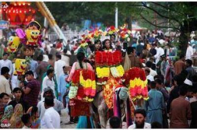 Una culminación de Ramadán con carácter interreligioso en Pakistán